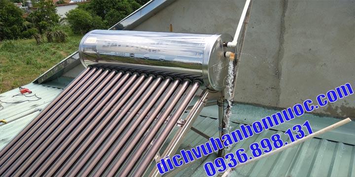 sửa máy năng lượng mặt trời tại nhà