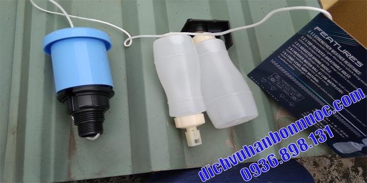 thay phao bồn nước tại nhà